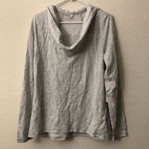 Lucy Surrender Pullover